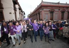 Traiciona Buganza a sus seguidores y renuncia a la candidatura 'independiente'