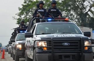 Aseguran dos contenedores robados en Veracruz