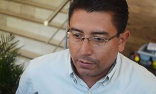 Xalapa, Ver.- El delegado de Canacintra Xalapa Antonio Pino Aguilar , en entrevista con medios de comunicación. FOTO: VICTOR RIVERA/FOTOVER.