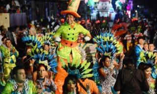 Carnaval.-Crónica-Grupo-FM-Noticias-860x480