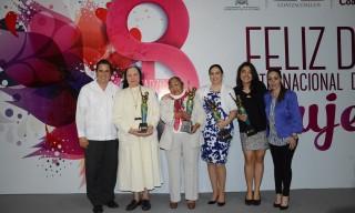 reconocimiento-mujeres-dif-2 (1)
