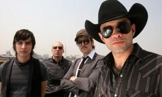 (05/12/2008) E0512828.JPG MÉXICO, D.F. Música-Kinky. El grupo Kinky ofrecerán algunas sus presentaciones antes de concluir el año 2008. VAF. Foto: ArchivoAgencia EL UNIVERSAL.