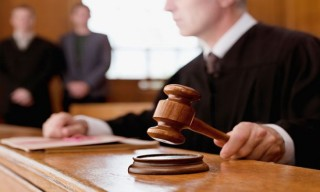 faa81_web_juez_judge
